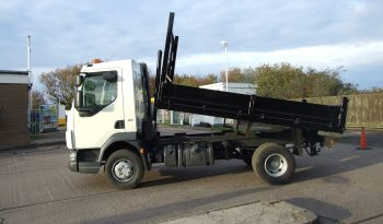 side view of a 2011 ex council tipper truck