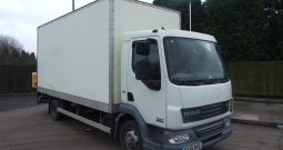 111000 KMS BOX VAN 18FT WITH TAIL LIFT