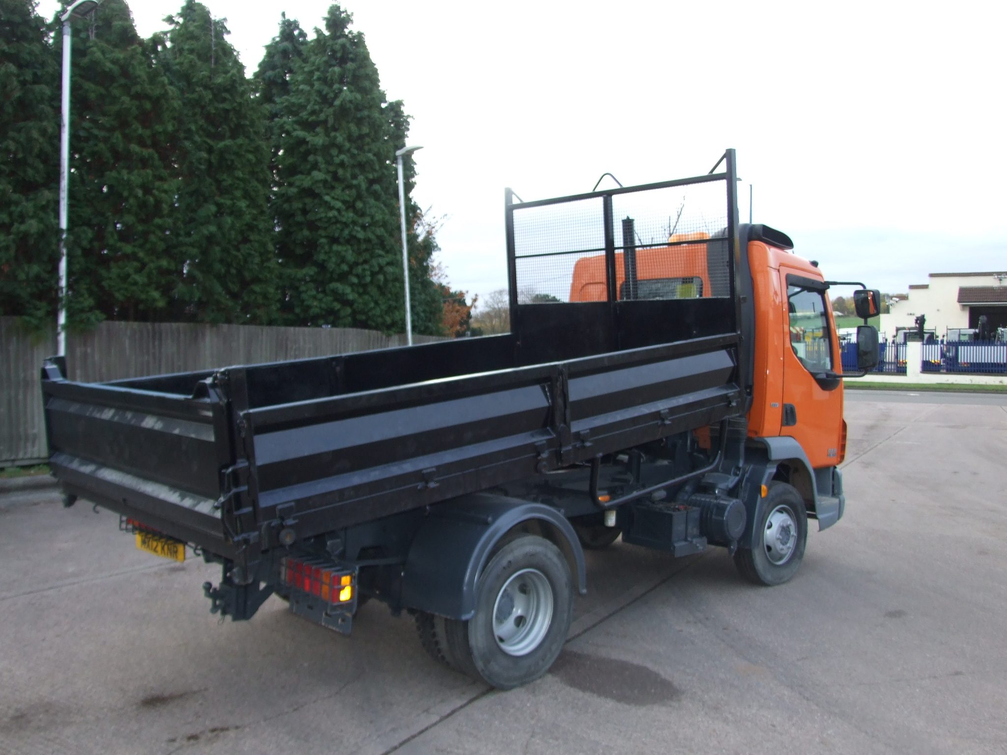 Mercedes Benz Of West Chester >> EX COUNCIL DAF TIPPER 2012 79,528 KMS ONLY - Cromwell Trucks