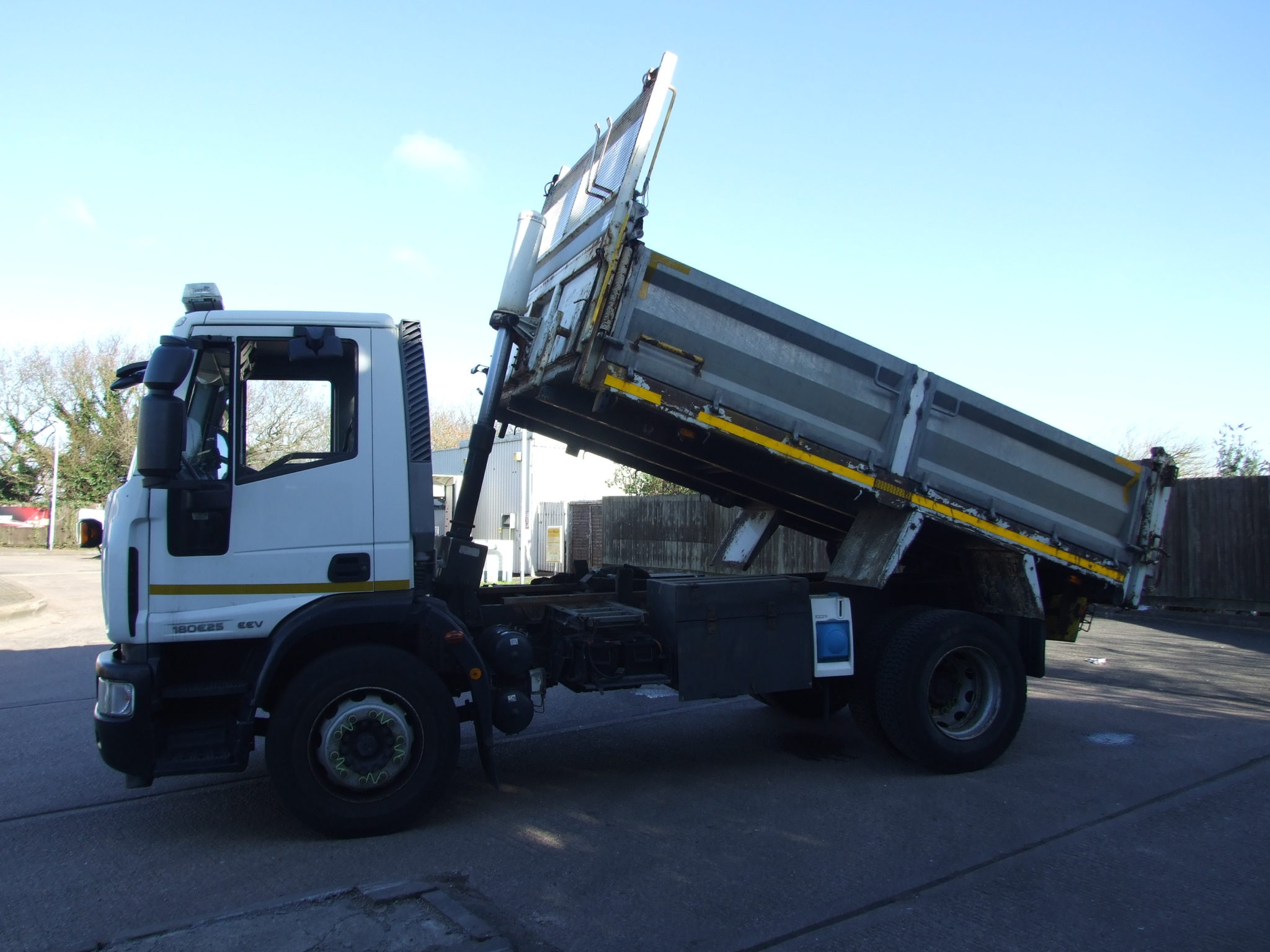 2013 18 Tonne Iveco 180e25 Tipper 74 252 Kms Cromwell