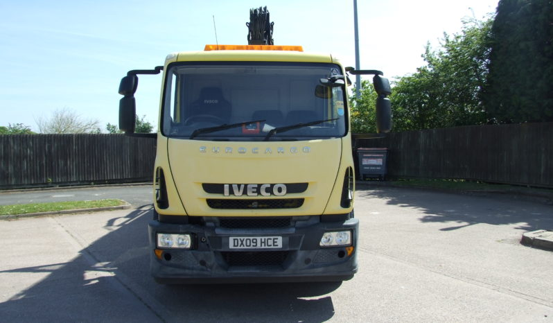 VERY LOW MILEAGE IVECO WITH HIAB 144 full